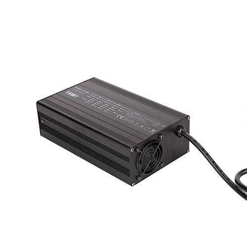 AGV/机器人电池充电器