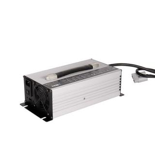 UY1200通用型充电器